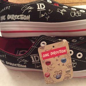One Direction Shoes - One Direction Black Canvas Autograph Shoes